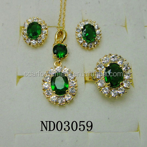 2017 Latest Design Indian Bridal Emerald Stone Jewelry Sets Fashion Gold Plated Bollywood Statement Necklace Earrings