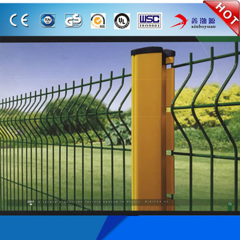 Triangle Bending Guarder PVC and Powder Coated 2x2 Galvanized Welded Wire Mesh For Fence Panel