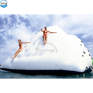 Hot-sale sea play toys climbing wall inflatable water iceberg float