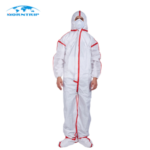 War game paintball shooting dressing supplies Disposable nonwoven paintball coverall
