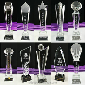 New Arrival Personalized Awards Cheap Crystal Trophies Wedding Return Gift