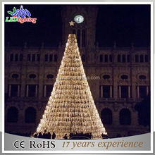 High quality warm white string lights Giant Xmas tree with top star star for square decoration
