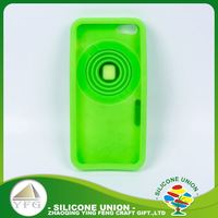 Good looking appearance 3D retractable camera rubber cell phone case