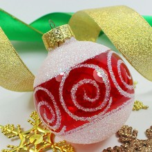 Factory outlets 2015 trendy hand painted clear glass christmas balls/bulk christmas gifts/Can be customized