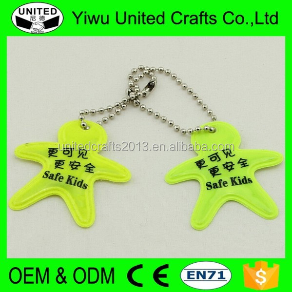En13356 Reflective Safety Keychain With Foot Shape