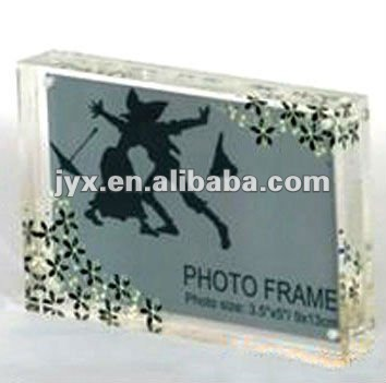 Premium acrylic magnet photo frame