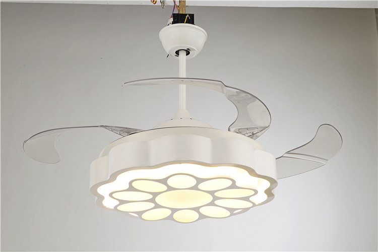 Factory wholesale High quality retractable blades decorative ceiling fan for wholesales