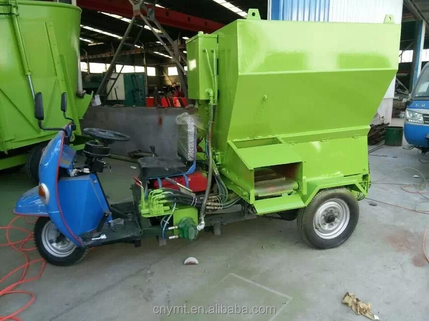Electric Tricycle Mobile Feeder Spreader For Cows And Sheep
