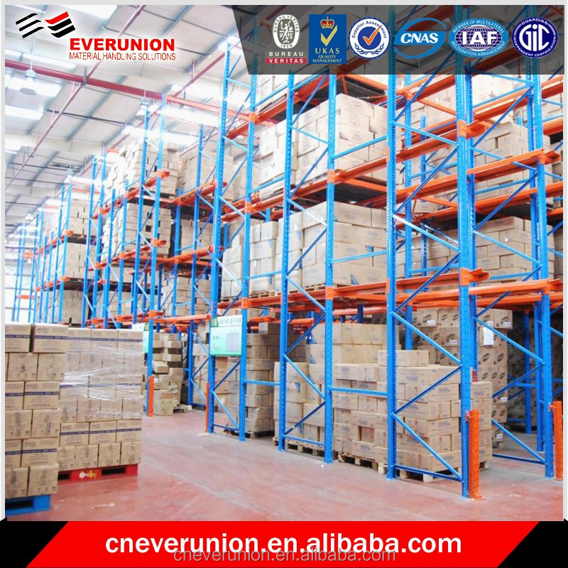 Storage drive in pallet racking equipment