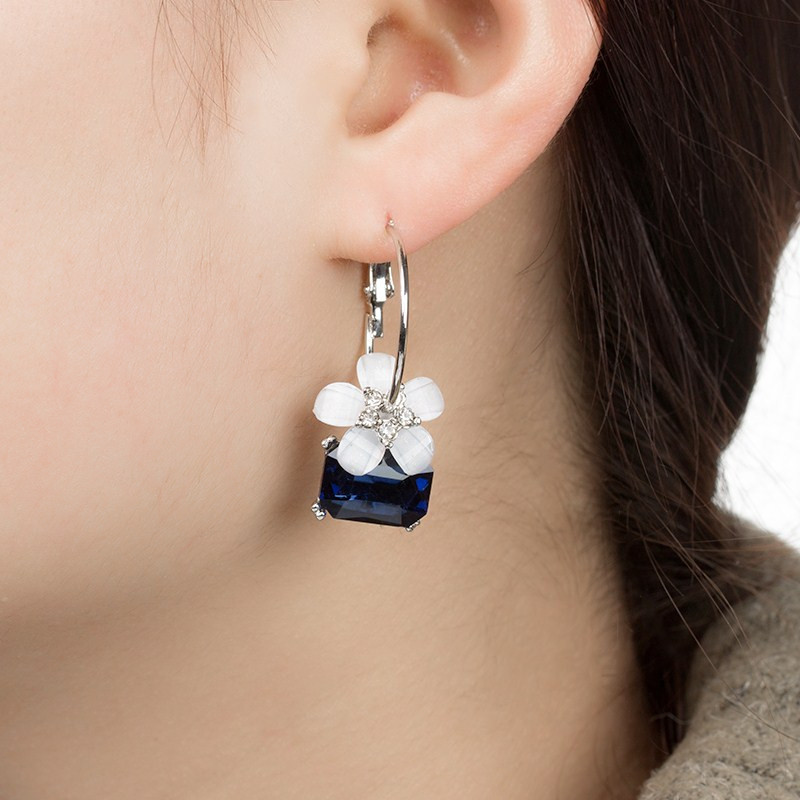 Huilin Customized atmosphere crystal cherry blossom earring ear nail female earring