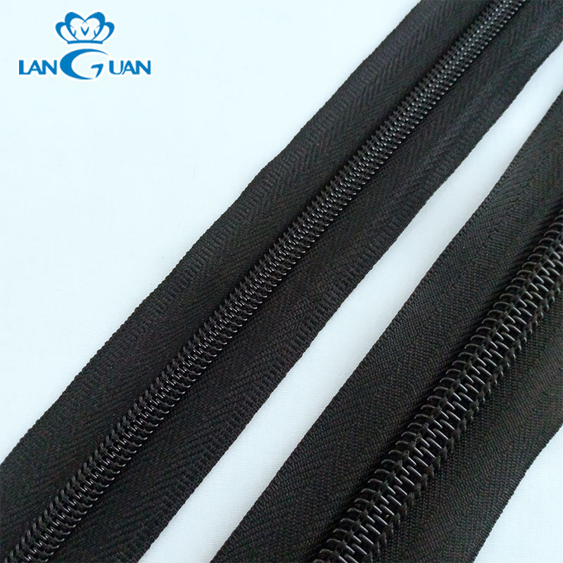 No.5 nylon zipper long chain roll rolls