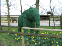 Fireproof Green Artificial Grass Animal Topiary For Landscape ...