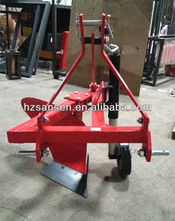 Three Mouldboard Furrow Plough, Tractor mounted mouldboard plow