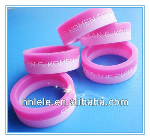 2013 popular embossed silicone rubber wedding rings