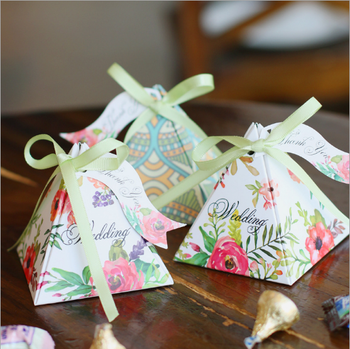 Flower Triangular Pyramid Cake Candy Chocolate Gift Box With Card And Ribbon Wedding Favor Baby Shower