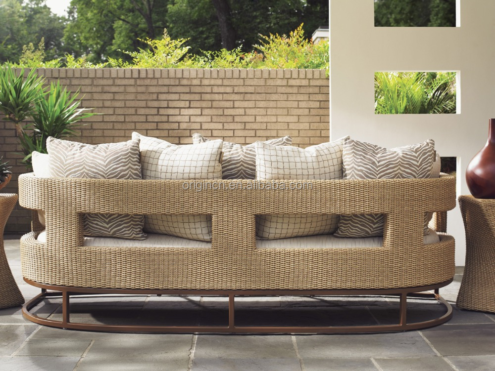 Designer Unique Style Synthetic Rattan Sofa Set With
