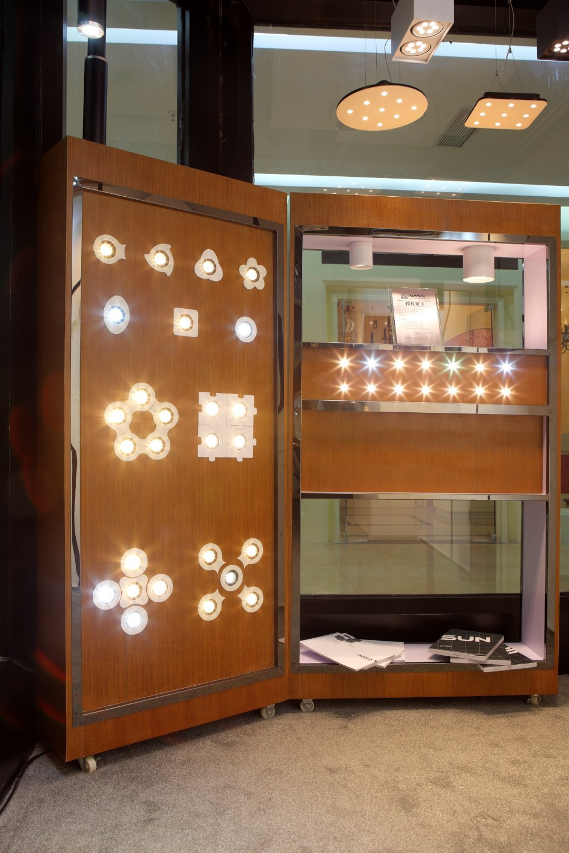 modern lighting company. zhongshan modern lighting showroom own by passun company