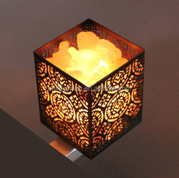 2018 Hot sell natural salt rock lamp with hand carved frame 2 pcs C7 incandescent bulb Himalayan salt night light plug in