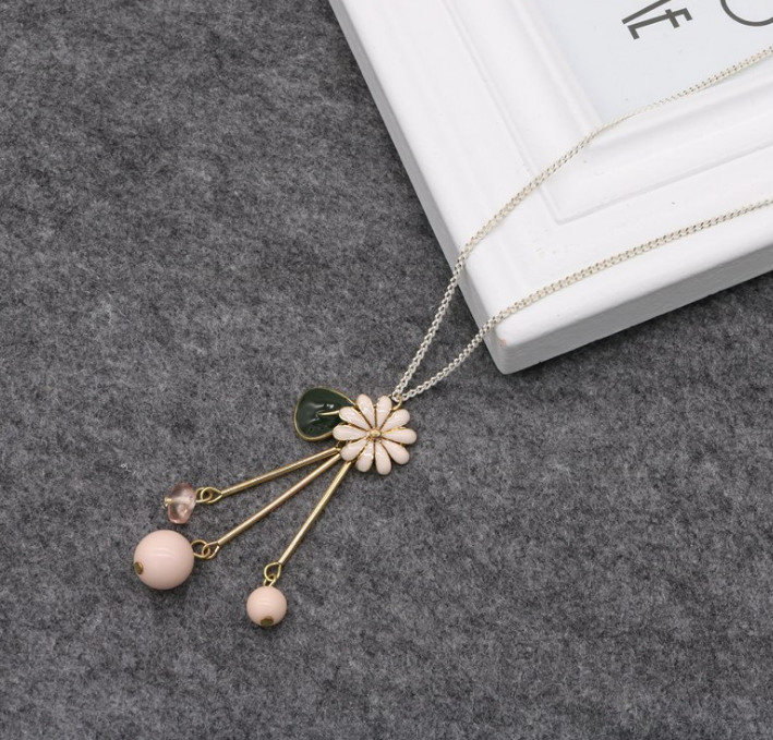 Costume Long Chain Statement Necklace Small Flower Necklaces Pendants Women Jewelry