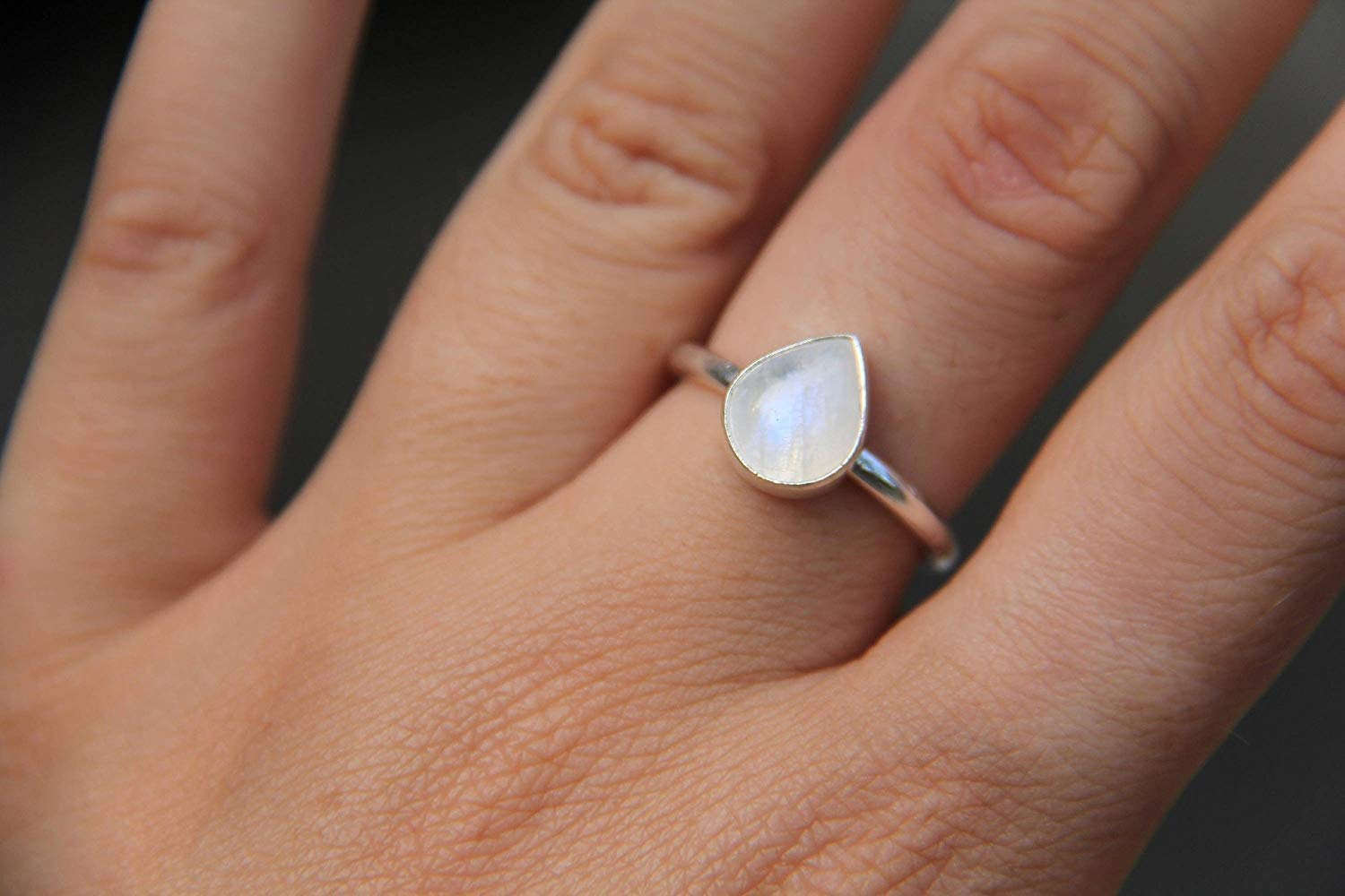 Natural Rainbow Moonstone Gemstone Ring 925 Sterling Silver Ring Designer Rainbow Ring Healing Stone Silver Jewelry boho Wedding For her