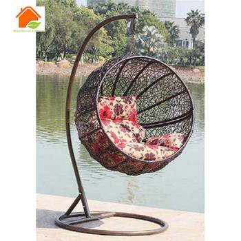 Outdoor Rattan Nest Hanging Basket Chair Cocoon Hanging Chair