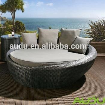 Audu Outdoor Sofa Round Rattan