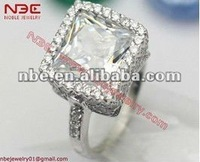 Italy brand name new design fashion 925 silver big cz center ring jewelry with high shine finish&AAA grade pure clear white cz