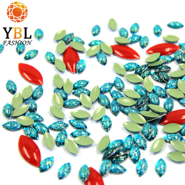 Different Colors Fancy Clothing Accessories Epoxy Resin Stones Wholesale