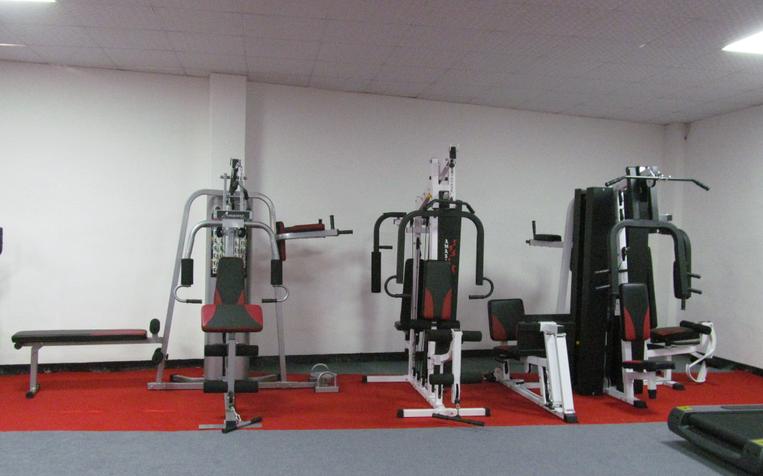 De equipos de gimnasio 4 estaci n m quina de fitness con - Equipamiento de gimnasios ...