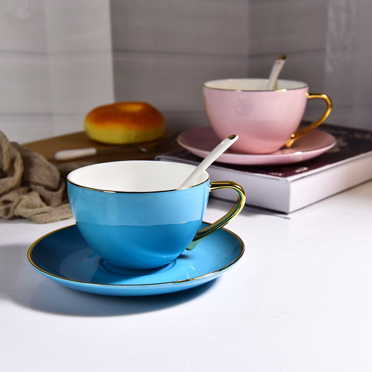 Royal style drinkware gold handle ceramic latte coffee cup and saucer