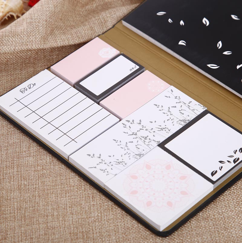 Promotionele notebook omvatten memo pad en sticky notes voor tabs