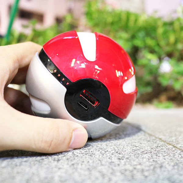 2016 Most Popular Pokemon Go Power Bank Pokeball with Night Lamp and 10000mAh Capacity