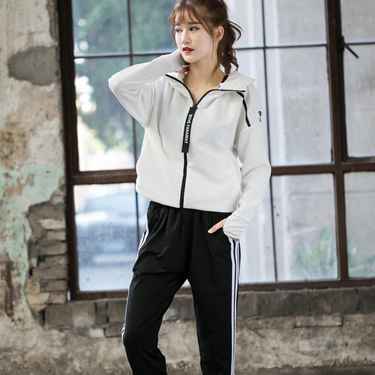 2018 Wholesale Customized Lycra Breathable Sports Bra&Hoodie& Yoga Pants Set 3
