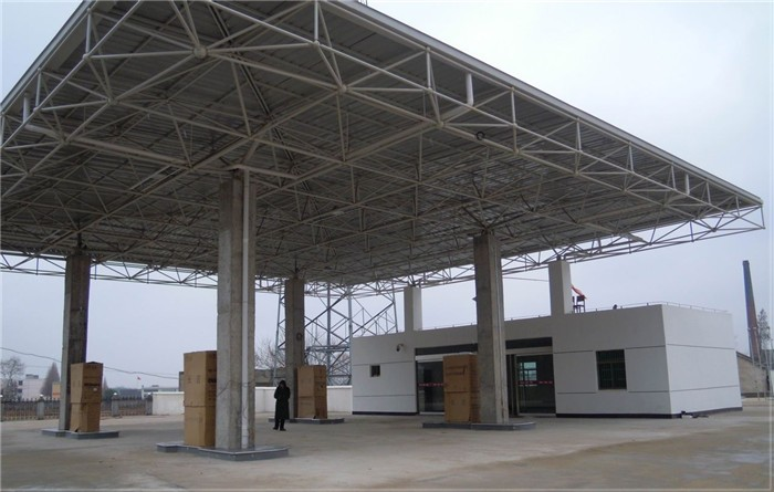 Low cost industrial design light steel frame gas station for Steel shade structure design