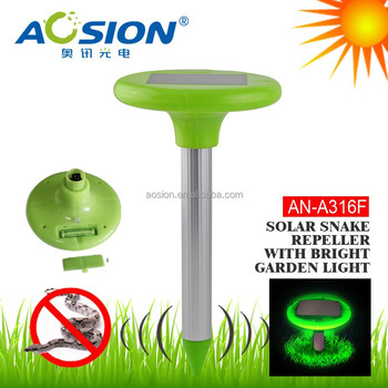 Bright Garden Light Solar Panel Battery Powered Snake Repeller ...
