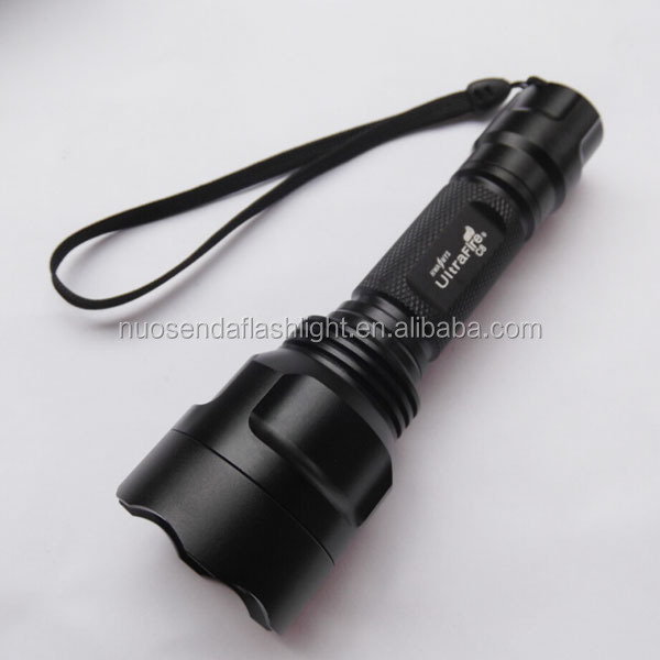 UltraFire C8 1xCREE XP-L V5 2000lm SMO LED Flashlight (1 x 18650)