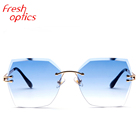 2019 Factory price colorful PC sun glasses cheap promotional ocean lens frame rimless sunglasses