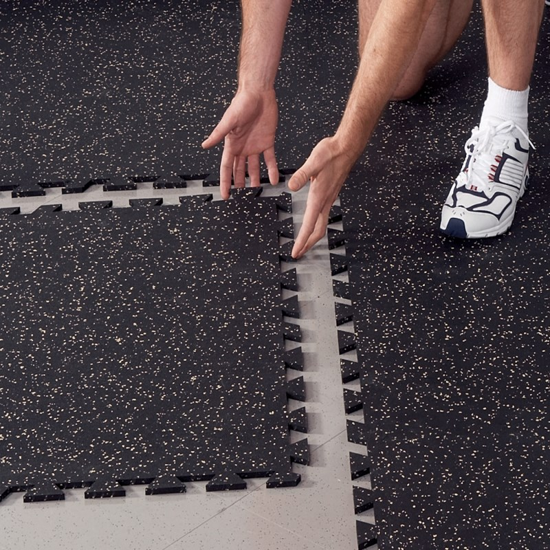 Interlocking rubber tiles/gym rubber floor rolls/sports rubber mat