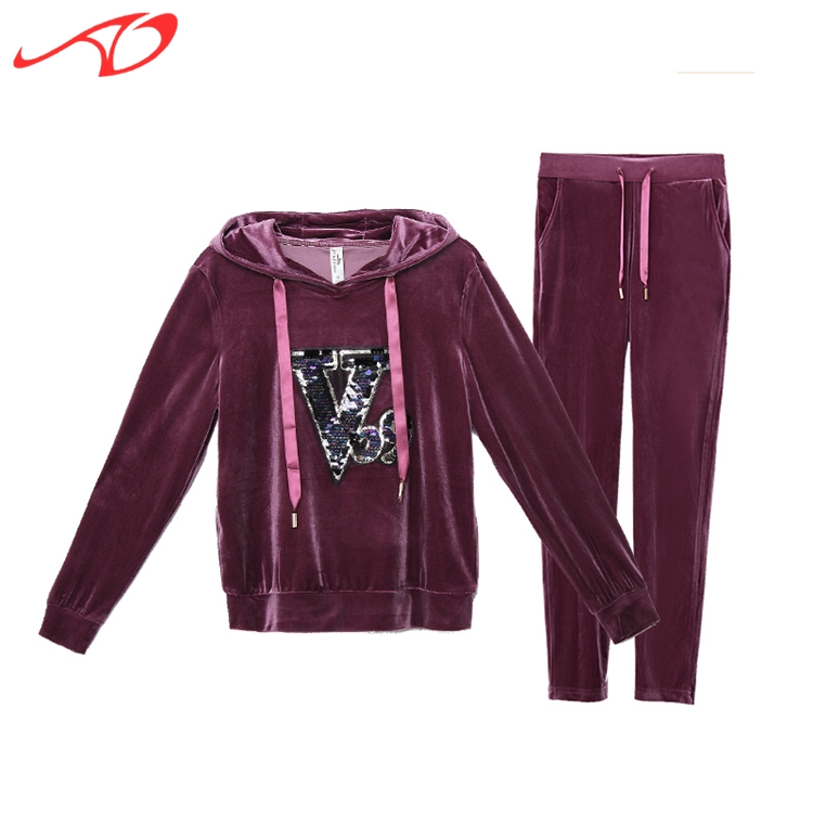 Competitive price zip up hoodies wholesale women plain basic hoody sweat suits
