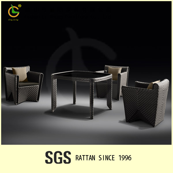 Synthetic rattan table and chair for coffee shop LG101-3301&3331