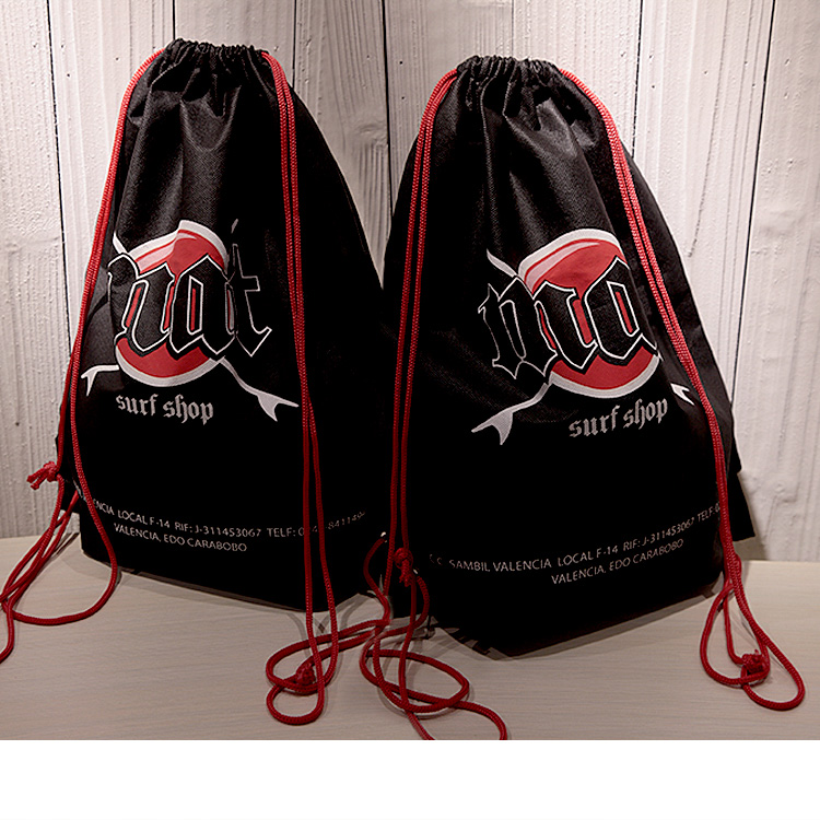 New design hot sale promotional nylon custom sports bag foldable travel bag