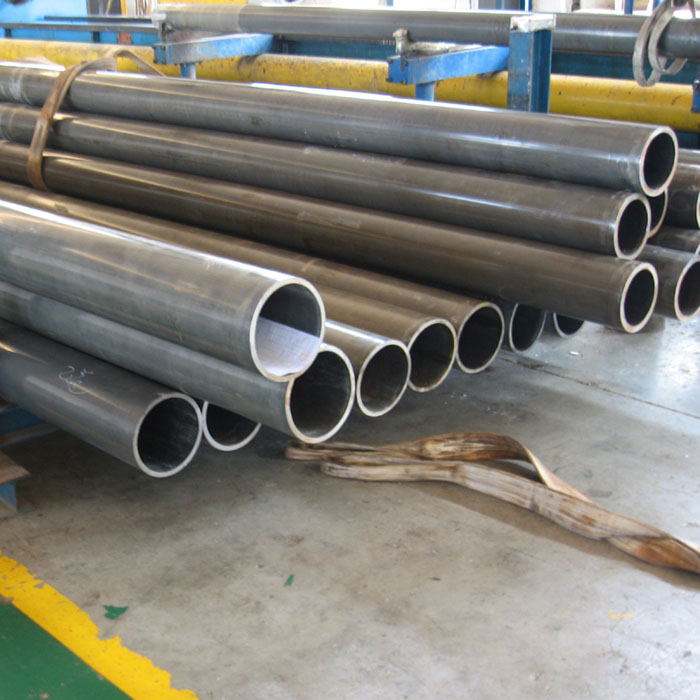 Cold Drawn And Cold Rolled Seamless Cylinder Tube For Cranes