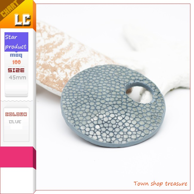 Fashion Pendants in Stingray Leather To Put on Earrings