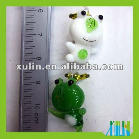 20mm white and green frog lampwork glass beads