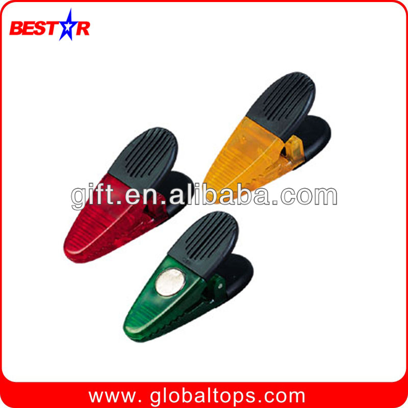 OEM Available Promotional colored plastic clip