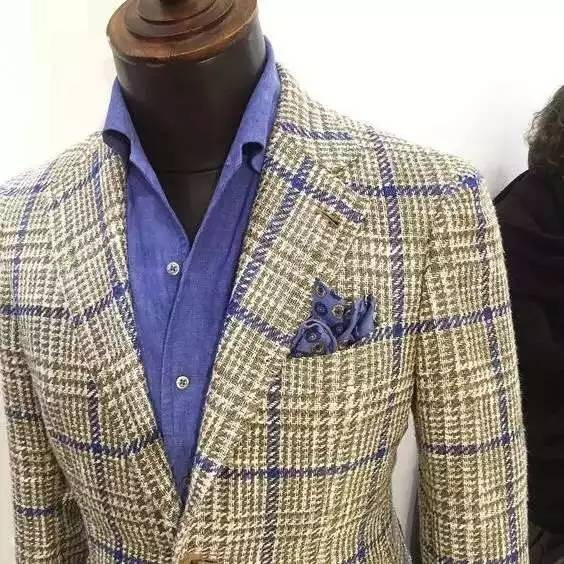 OEM Italian Latest Design Custom Made Men's Suit /Tailor Made Suit