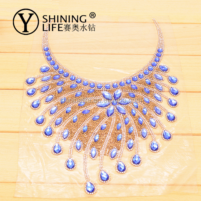 Wholesale new crystal rhinestone mesh sheet iron on neckline rhinestone