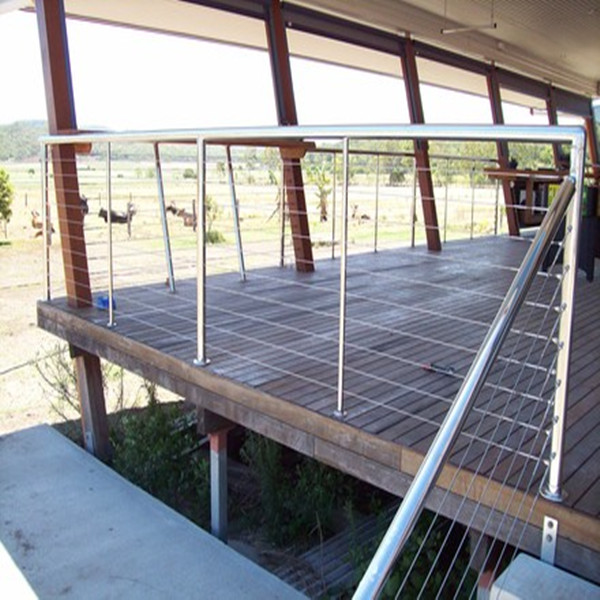 Outdoor roof deck cable wire railing designs