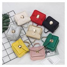8cf2a8cbbf52 2018 New Designer Handbag For Kid Tote Bag Fashion Kids Messenger Bags  Children s Purses Girl Mini Summer Shoulder Bags