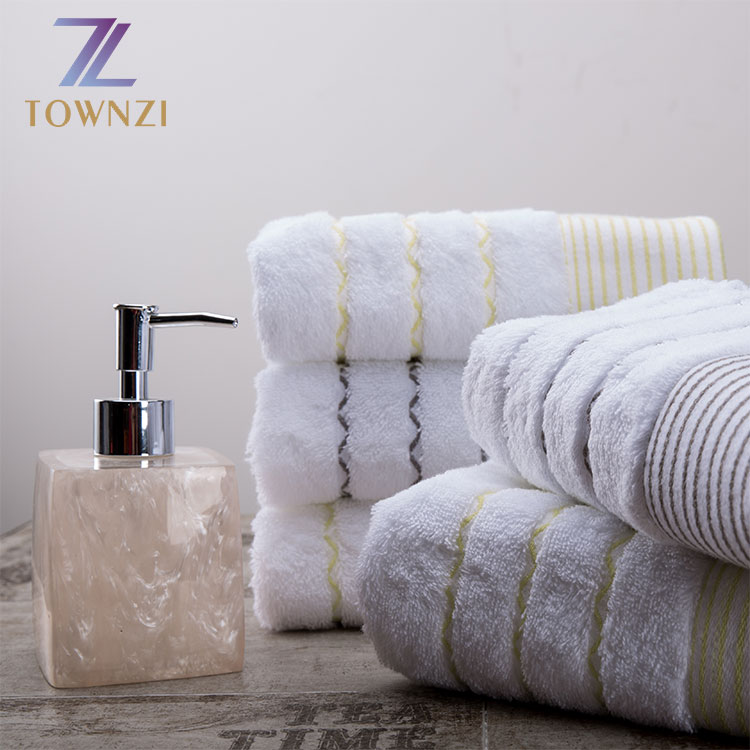 Townzi 5 Star Hotel Microfiber Customized Embroidered Comfortable Linen 100% Cotton Towel Sets Bath